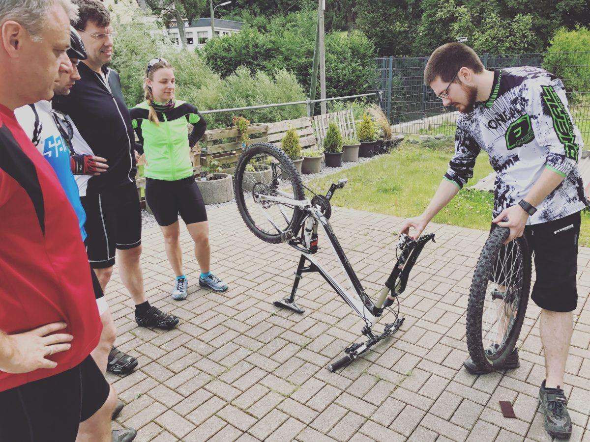 bikeschule-sauerland-workshop-reparatur-instandhaltung-mountainbike