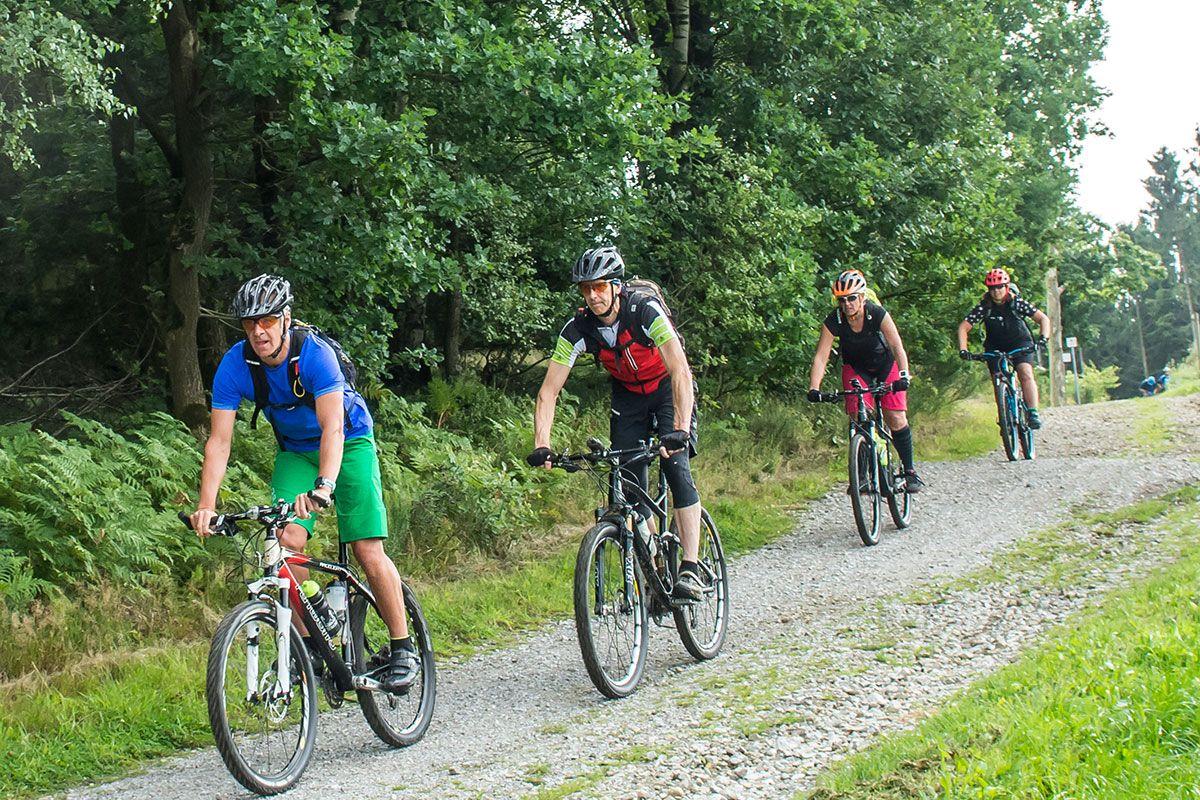 gefuehrte-mountainbike-touren-bikeschule-sauerland-8