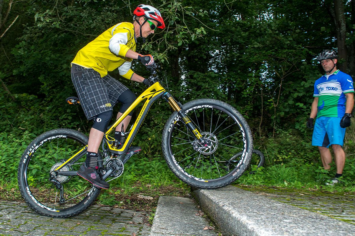 mountainbike-fahrtechnik-einsteiger-bikeschule-sauerland-4