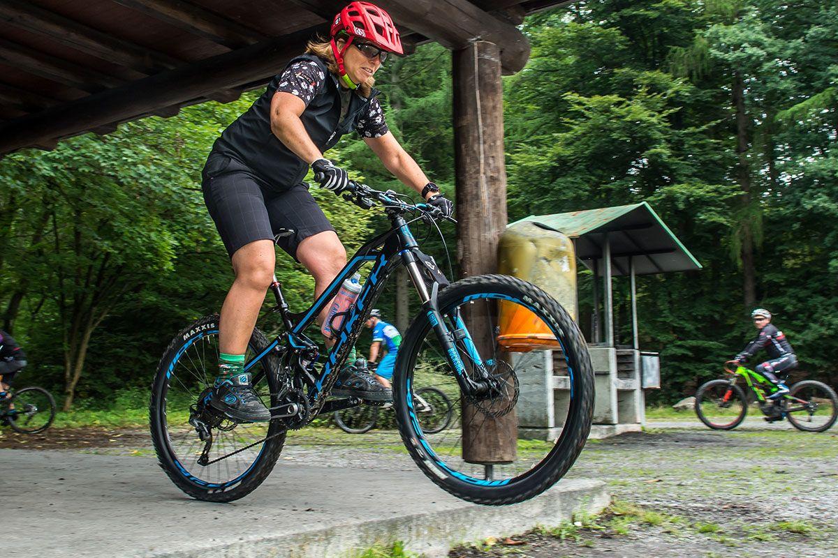 mountainbike-fahrtechnik-einsteiger-bikeschule-sauerland-5