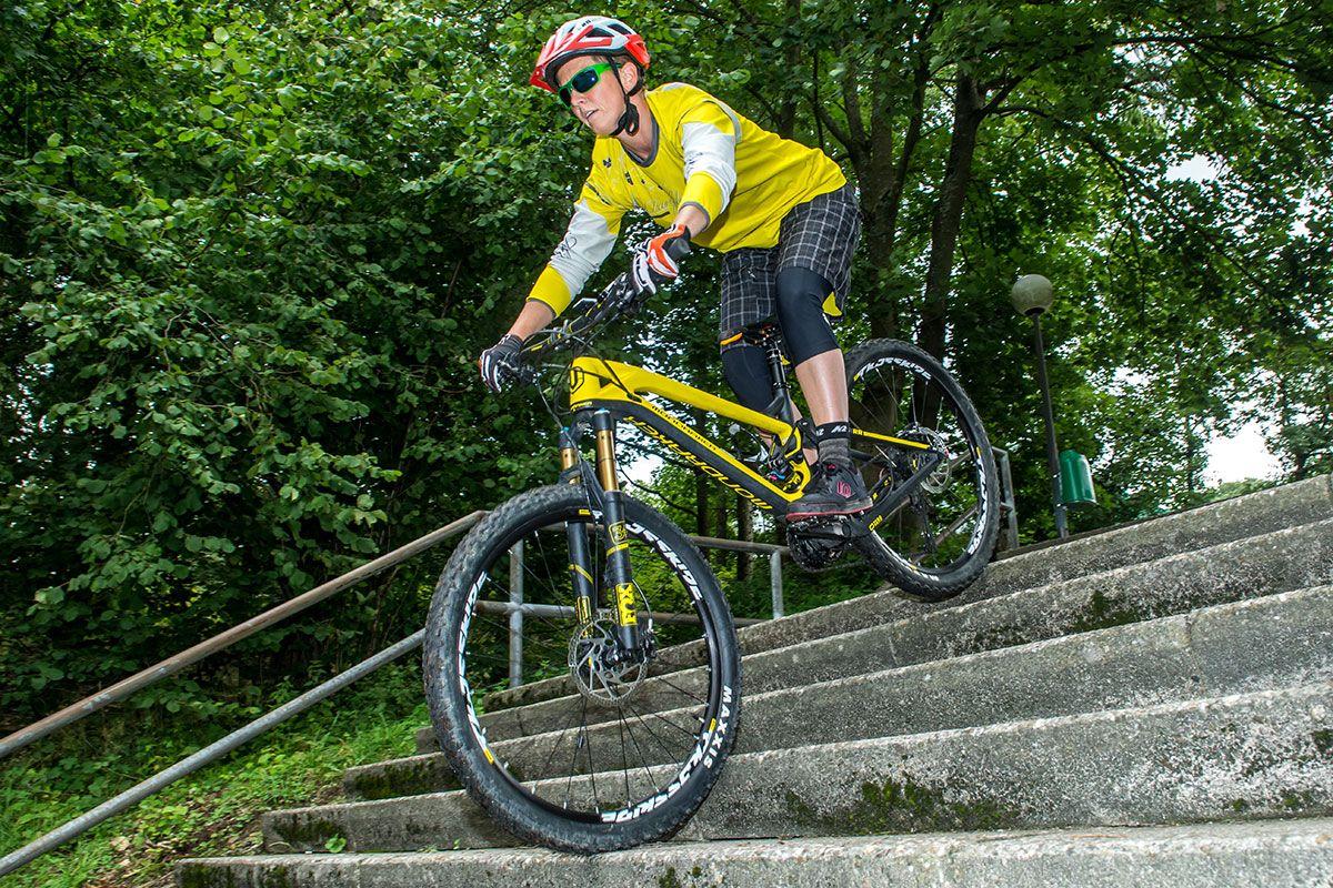 mountainbike-fahrtechnik-experten-bikeschule-sauerland-5