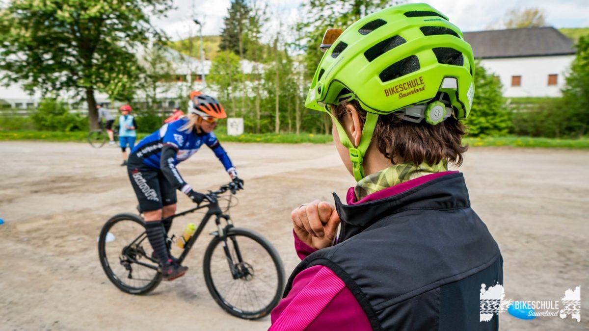 bikecamp-ladies-only-bikeschule-sauerland-fahrtechnik-042018-101