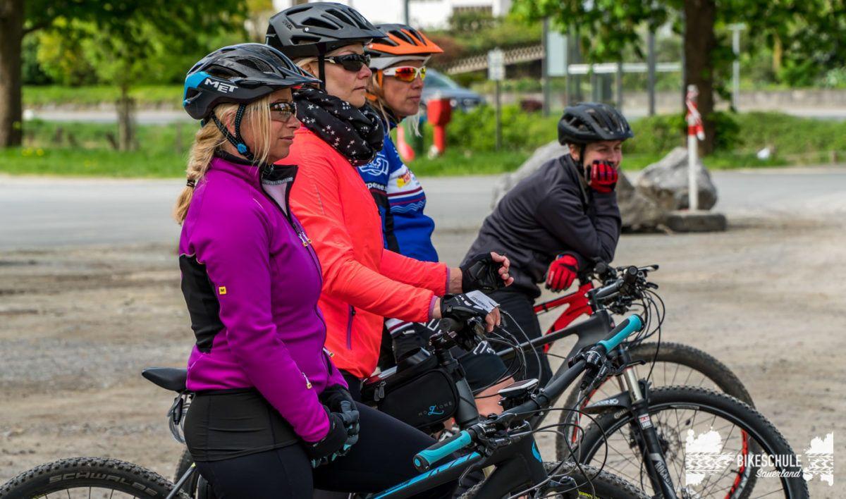 bikecamp-ladies-only-bikeschule-sauerland-fahrtechnik-042018-11