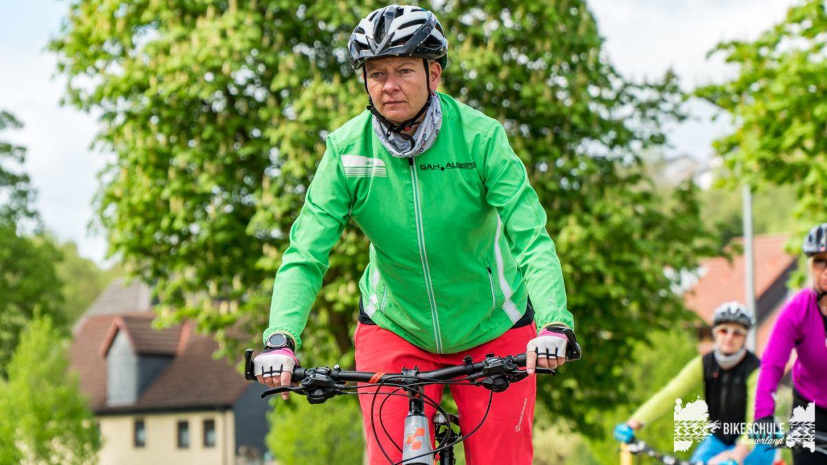 bikecamp-ladies-only-bikeschule-sauerland-fahrtechnik-042018-20