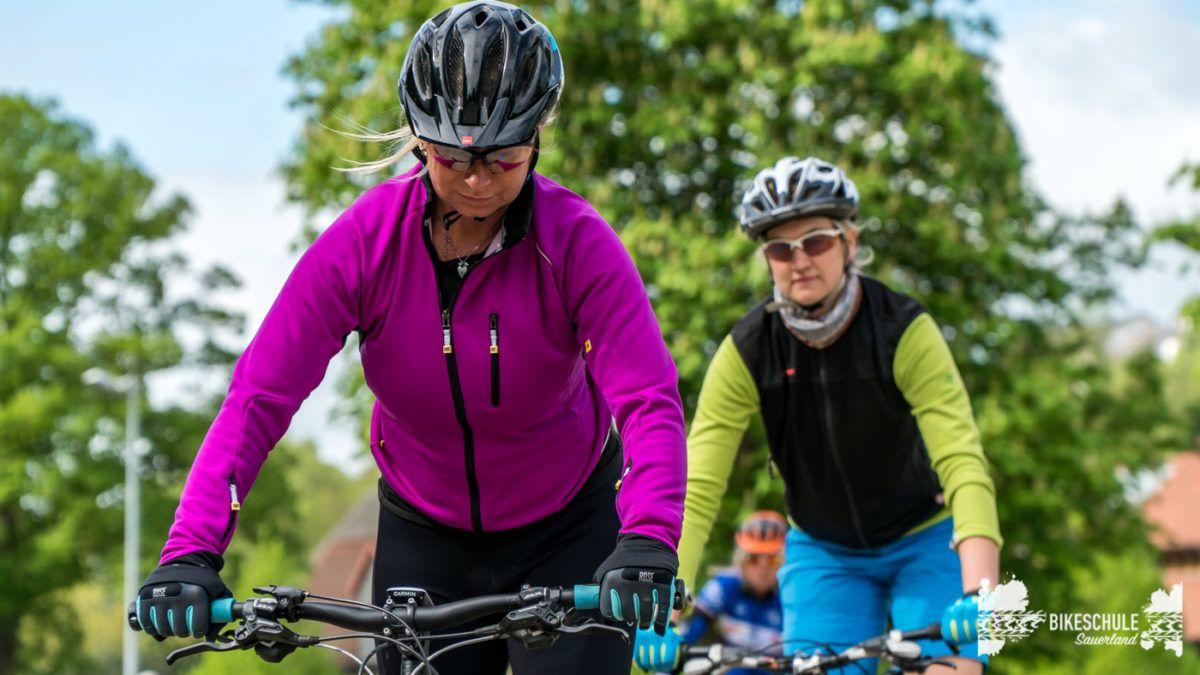 bikecamp-ladies-only-bikeschule-sauerland-fahrtechnik-042018-21