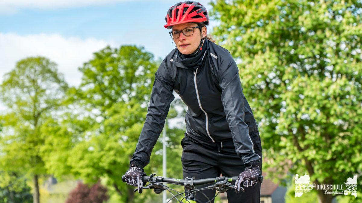 bikecamp-ladies-only-bikeschule-sauerland-fahrtechnik-042018-23