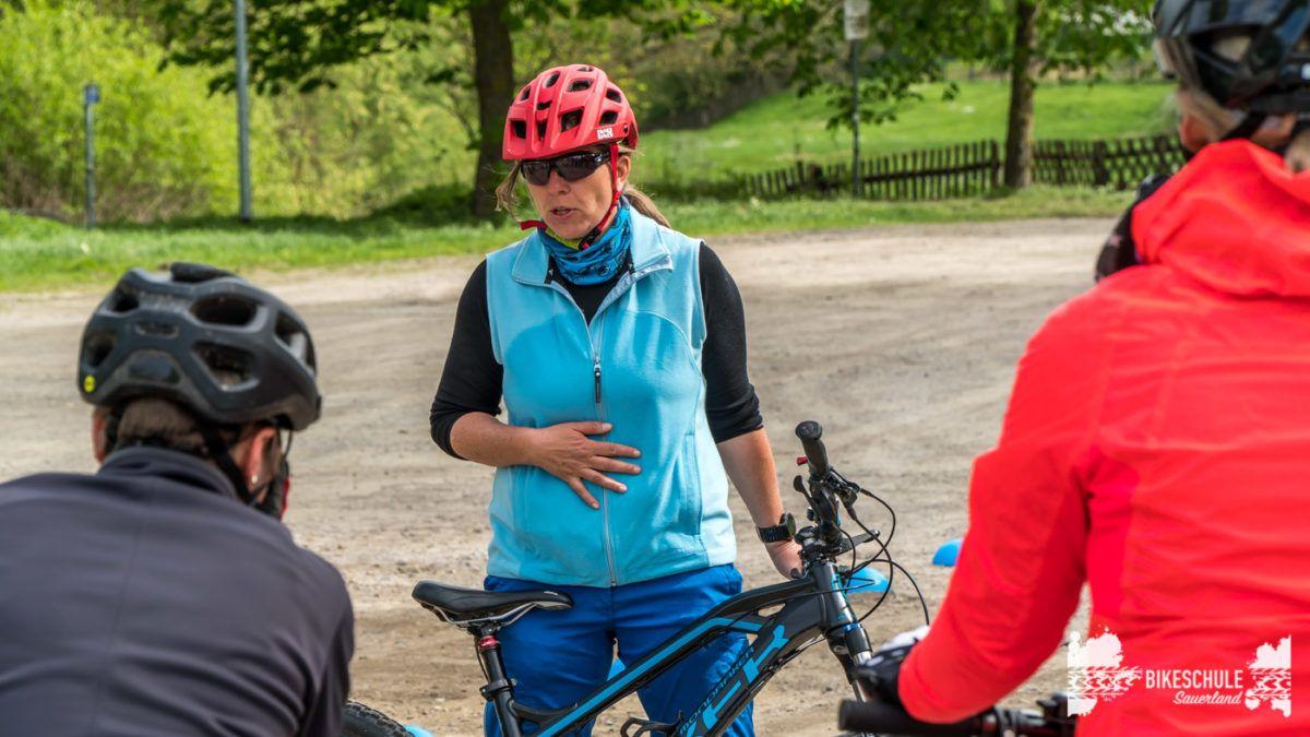 bikecamp-ladies-only-bikeschule-sauerland-fahrtechnik-042018-3
