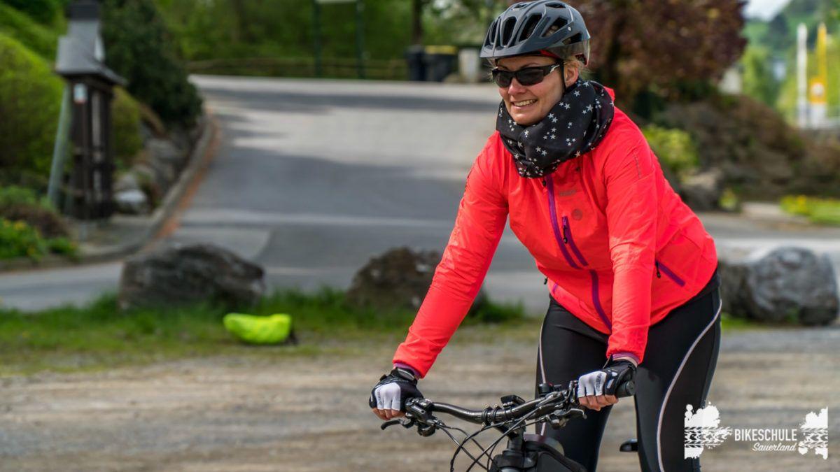bikecamp-ladies-only-bikeschule-sauerland-fahrtechnik-042018-31