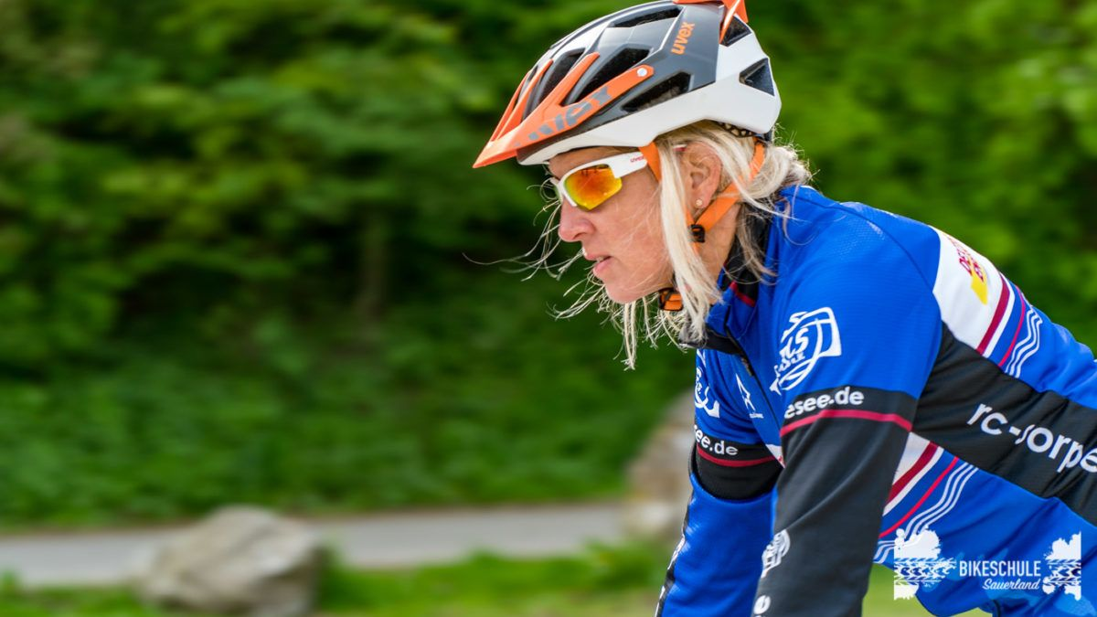 bikecamp-ladies-only-bikeschule-sauerland-fahrtechnik-042018-34