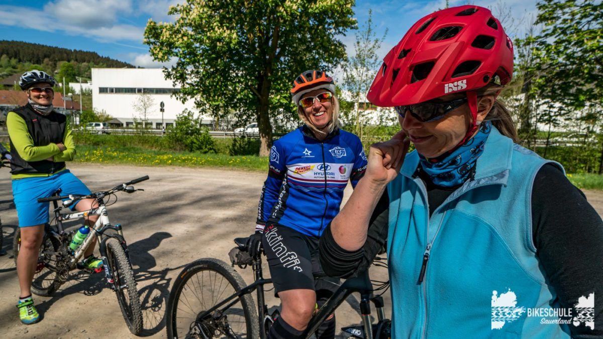 bikecamp-ladies-only-bikeschule-sauerland-fahrtechnik-042018-55