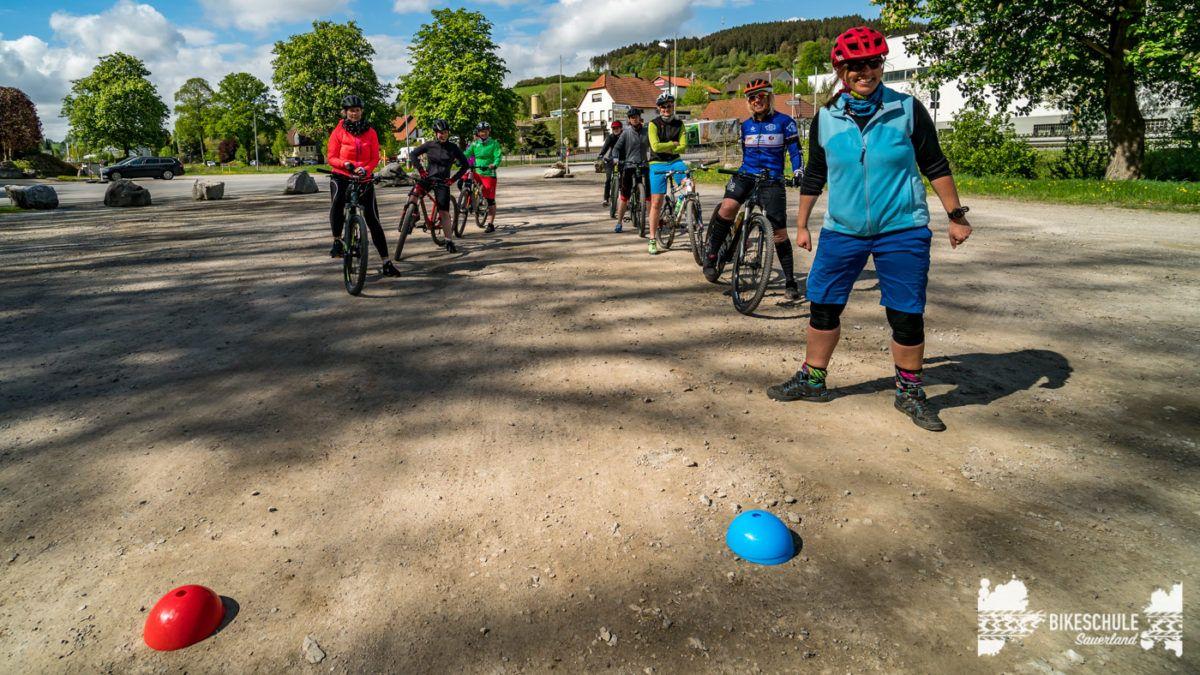 bikecamp-ladies-only-bikeschule-sauerland-fahrtechnik-042018-56
