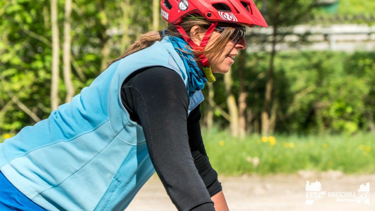 bikecamp-ladies-only-bikeschule-sauerland-fahrtechnik-042018-65