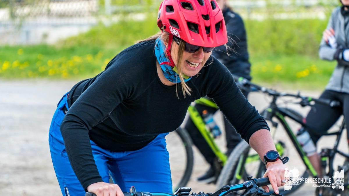 bikecamp-ladies-only-bikeschule-sauerland-fahrtechnik-042018-69