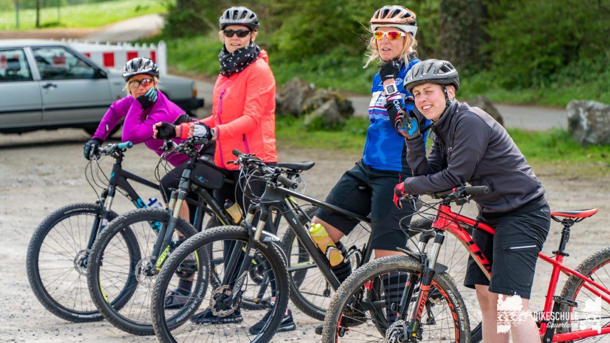 bikecamp-ladies-only-bikeschule-sauerland-fahrtechnik-042018-7