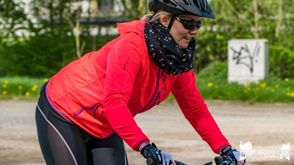 bikecamp-ladies-only-bikeschule-sauerland-fahrtechnik-042018-75