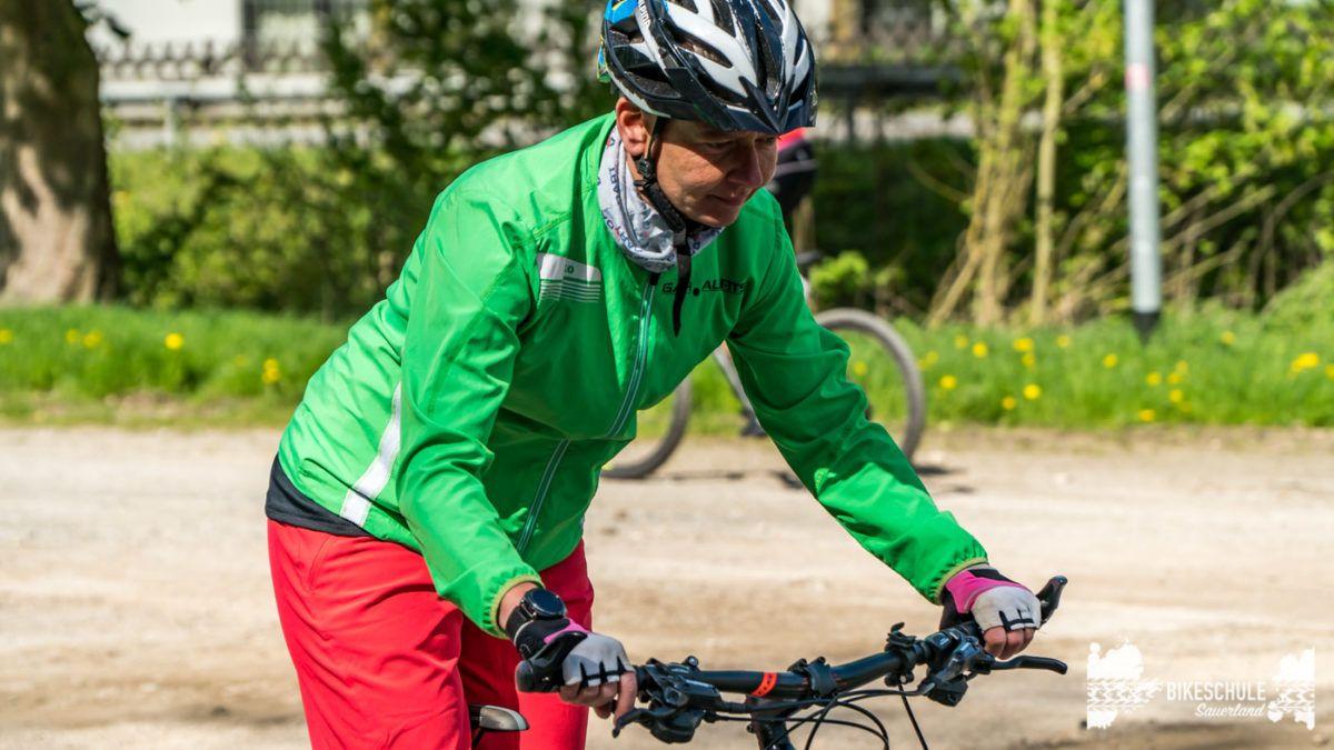 bikecamp-ladies-only-bikeschule-sauerland-fahrtechnik-042018-78