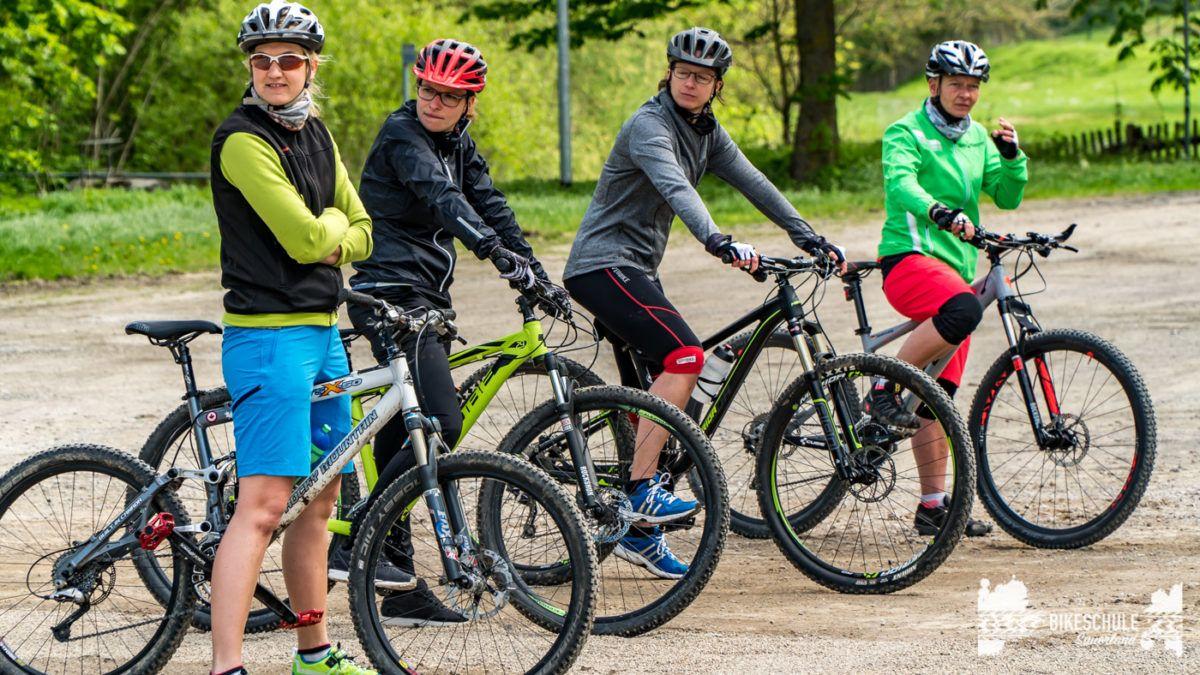 bikecamp-ladies-only-bikeschule-sauerland-fahrtechnik-042018-8