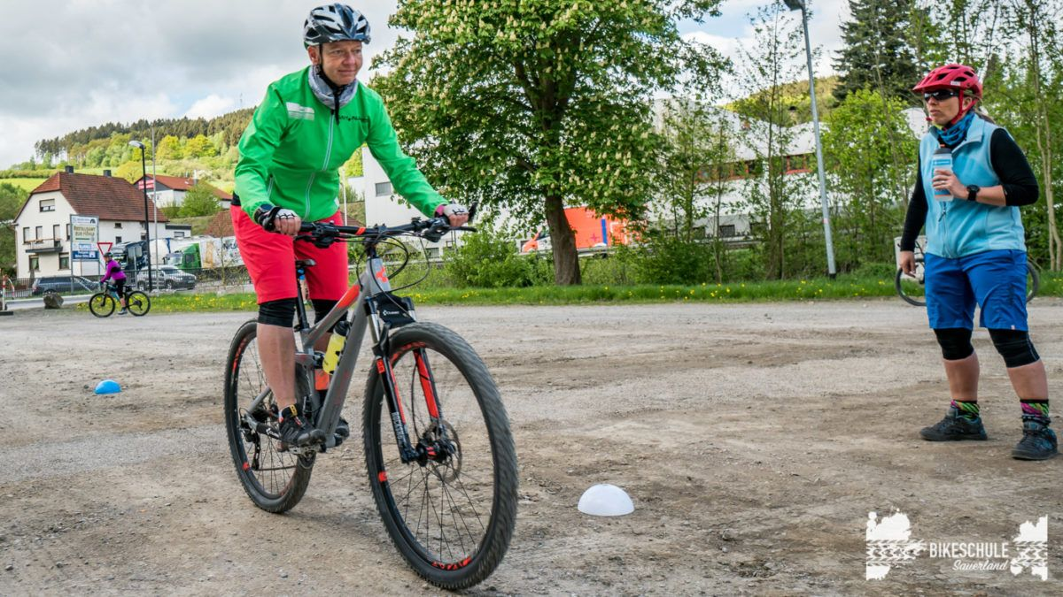 bikecamp-ladies-only-bikeschule-sauerland-fahrtechnik-042018-90