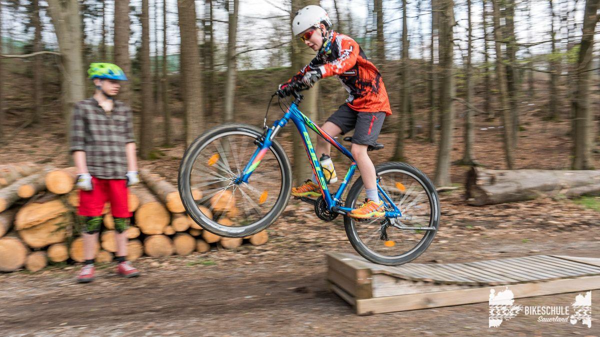 bikekids-kinderkurse-mountainbike-bikeschule-sauerland-112