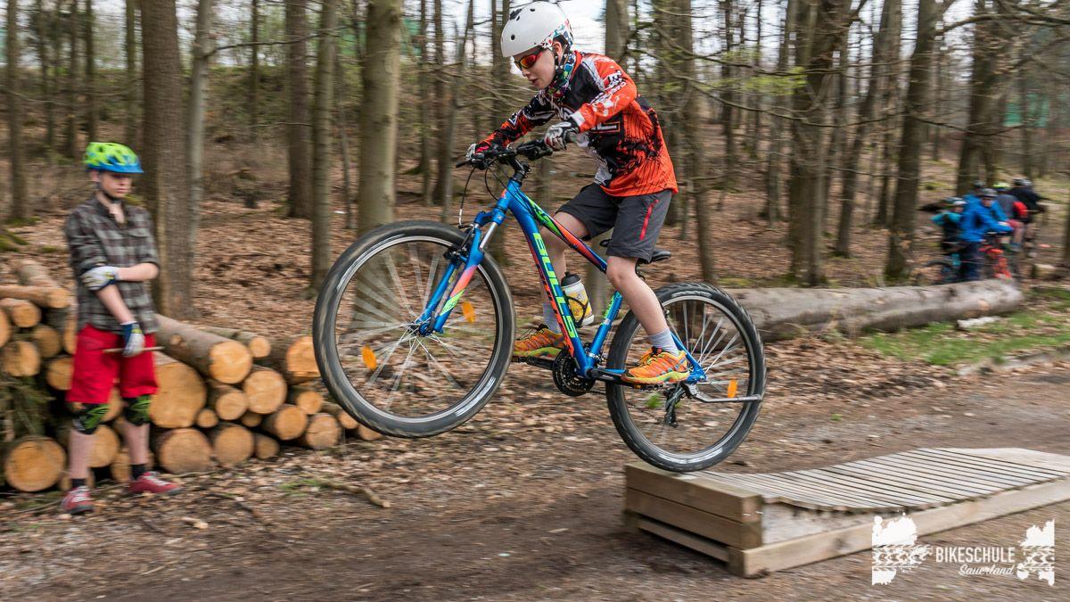 bikekids-kinderkurse-mountainbike-bikeschule-sauerland-117
