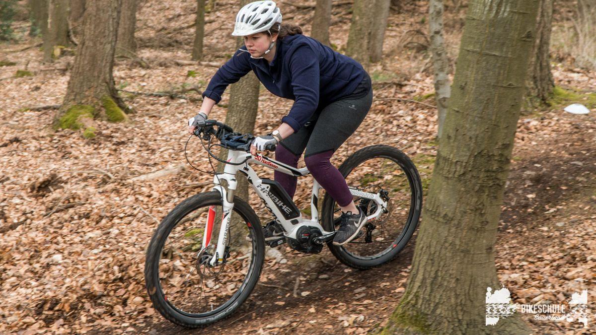 e-bike-mountainbike-fahrtechnik-042018-bikeschule-sauerland-57
