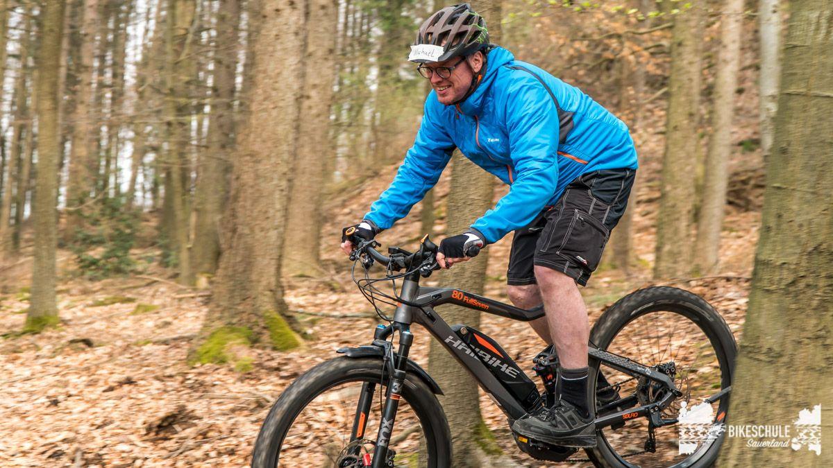 e-bike-mountainbike-fahrtechnik-042018-bikeschule-sauerland-64