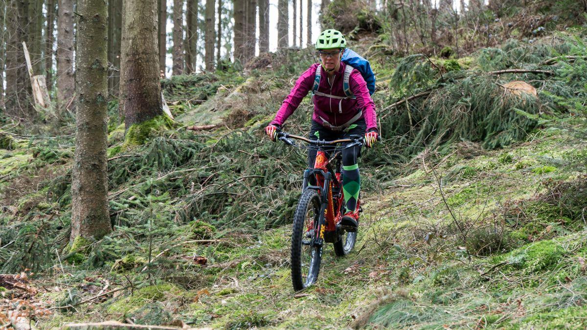 gefuehrte-mountainbike-tour-bikeschule-sauerland-sorpesee-balve-mellen-wocklum4