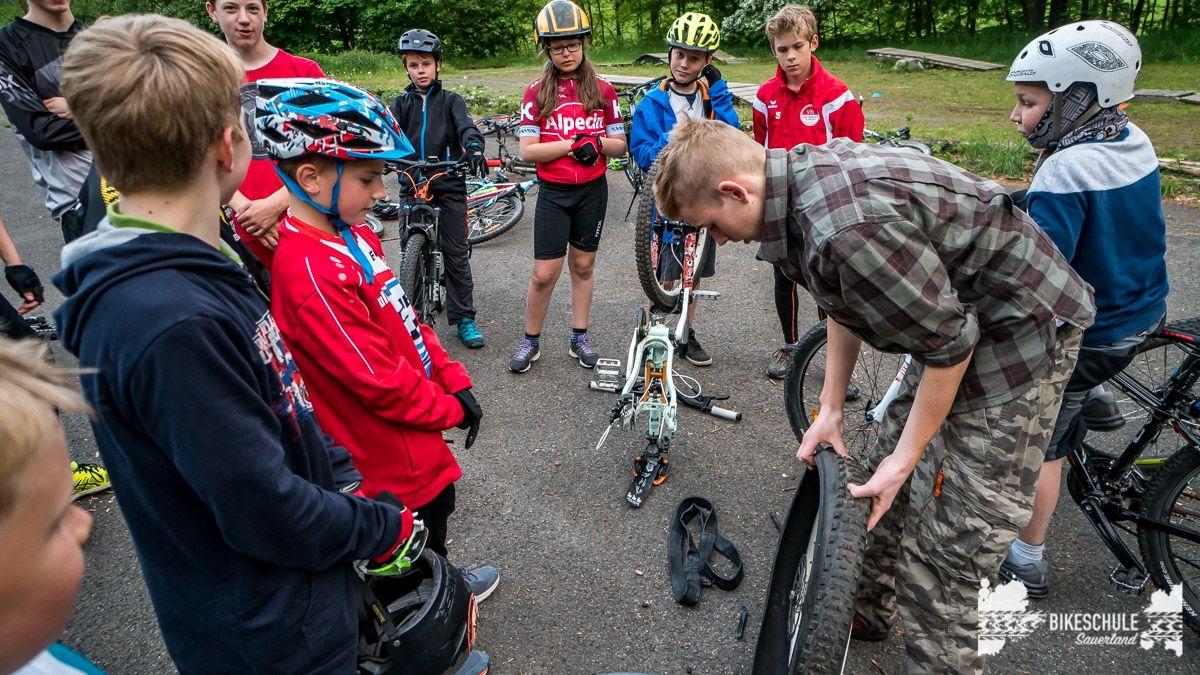 vater-sohn-bikecamp-bikeschule-sauerland-mountainbike-13